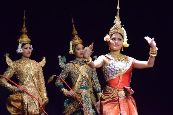 Angkor Dance Troupe performance, Virginia Prak, Brianna Mai, Monica Veth
